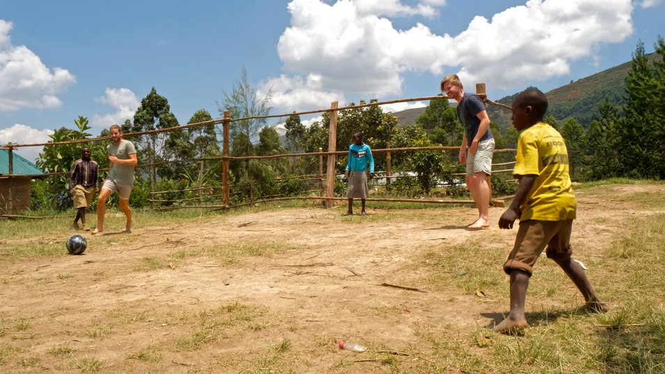 It does not always cost money to give children a day of their lives. They find a game of football too crazy!
