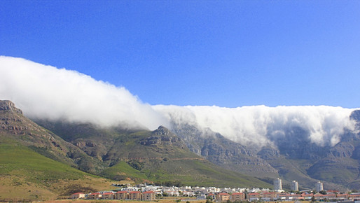 Clouds that covered Table Mountain.