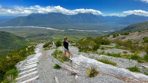 Hike to the Chaiten vulcano.