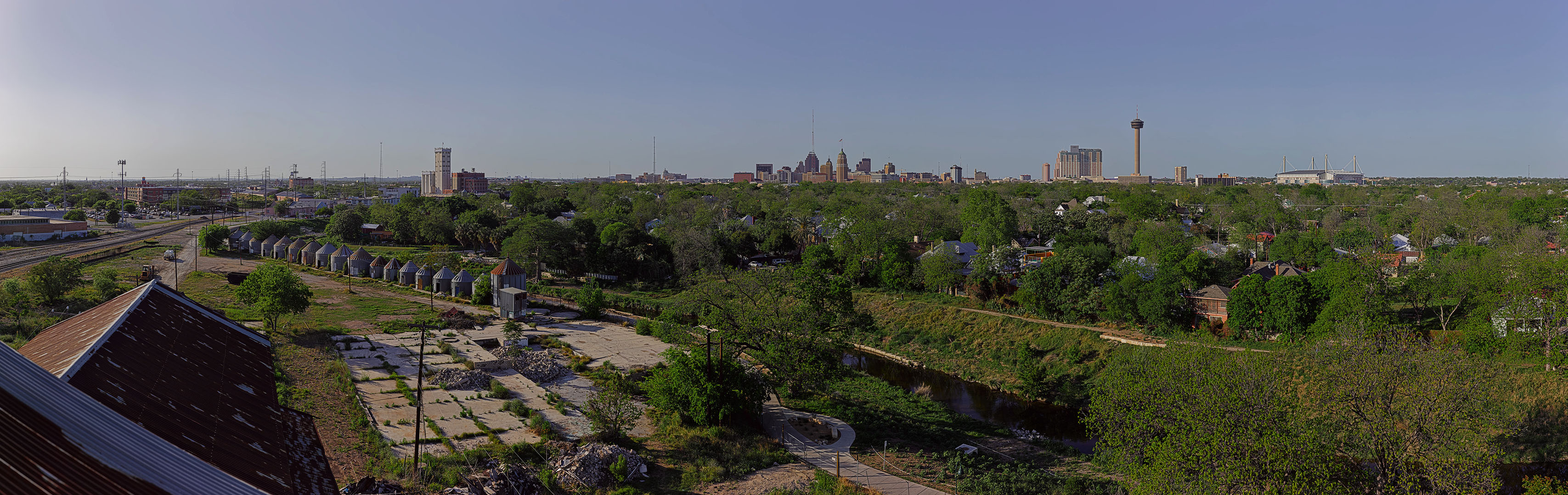 San_Antonio_Skyline_from_Southtown