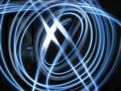 flashlight-blue-play-1182481.jpg