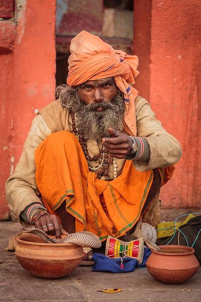 Rosenstiel_B_Varanasi121814_5D2L2119.jpg