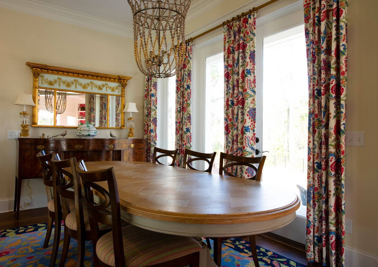 St. James Beautiful Formal Dining