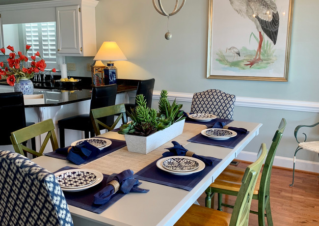 Holden Beach Cottage Dining