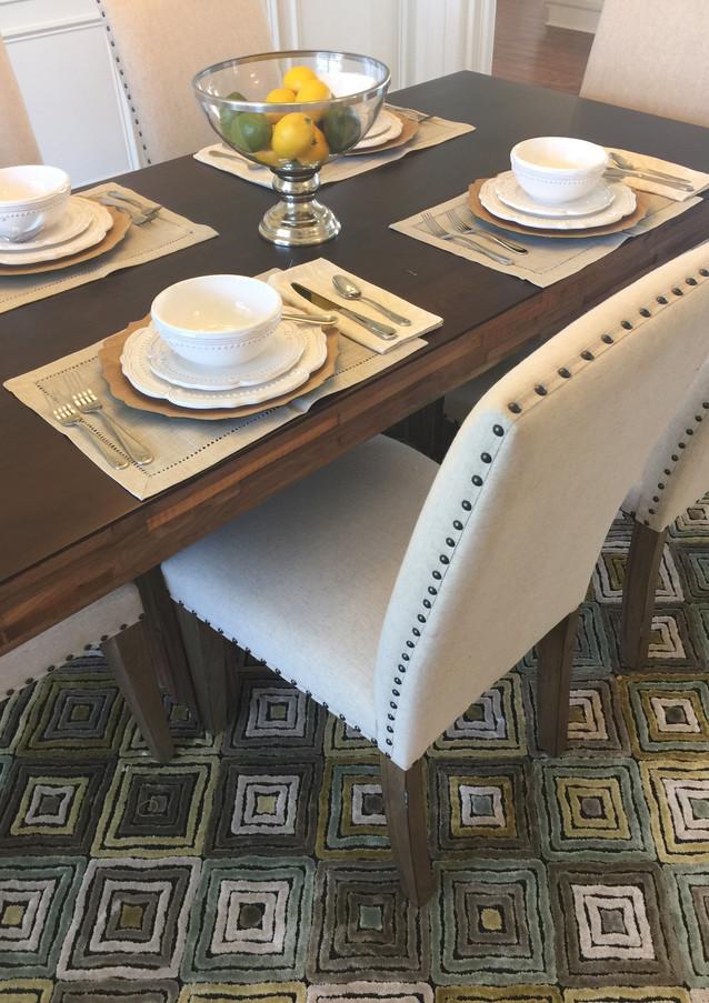 St. James Dining Details
