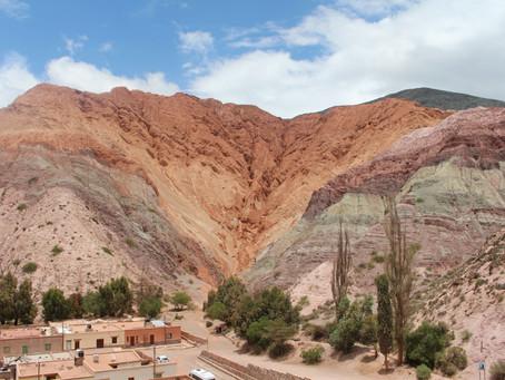 Cerro de los Siete Colores - der siebenfarbige Berg in Purmamarca *Argentinien*
