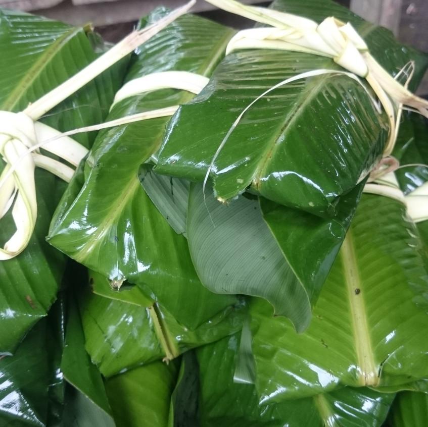 Fisch in Bananblättern