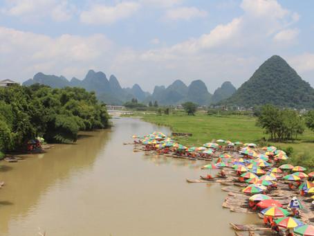 Auf nach Guangxi - Reisterrassen und surreale Hügel