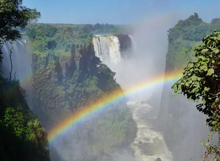 Wenn der Sambesi in die Tiefe stürzt - die Victoriafälle in Zimbabwe