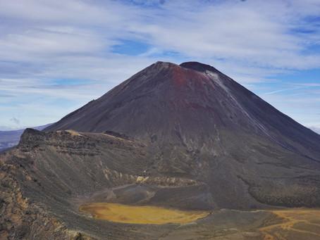 Das Tongariro Crossing: eine Wanderung in eine andere Welt *Neuseeland*