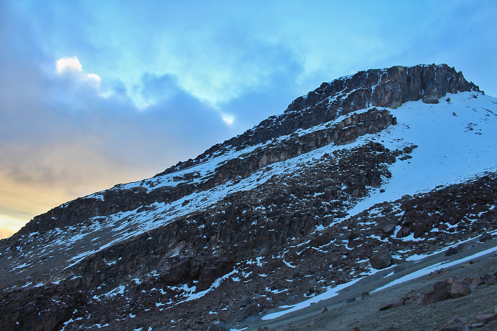 Morgenstimmung auf dem Weg zum Gipfel