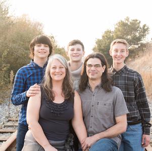 LARIZ FAMILY