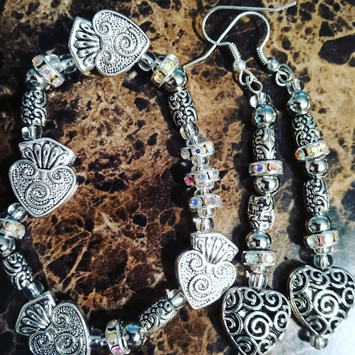 Heart earrings, Spade bracelet