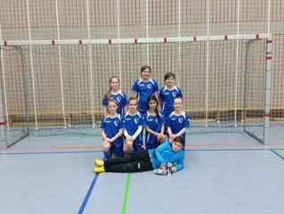 Die D-Mädchen der SG Unzhurst/Ulm belegten am vergangenen Samstag beim Hallenturnier in Ötigheim ein