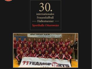//30. Internationales Frauenfußball-Hallenturnier//
