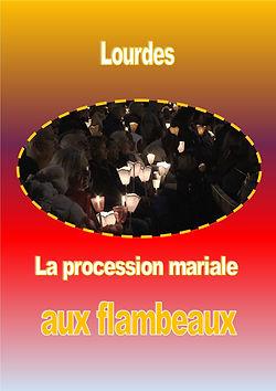 LourdesProcessionflambeaux.jpg