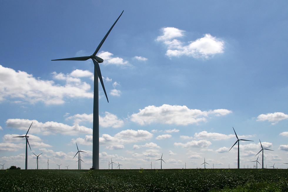 Benton_County_wind_turbines.png