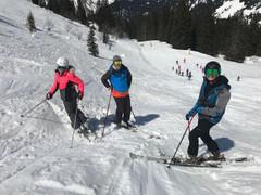 skieurs-morzine.jpg