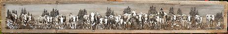 Peinture de troupeau de vache arrivant de face sur bois