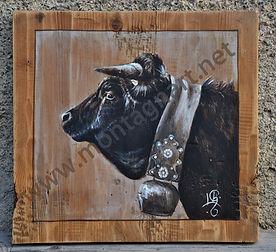Portrait peinture sur bois vache Hérens race suisse