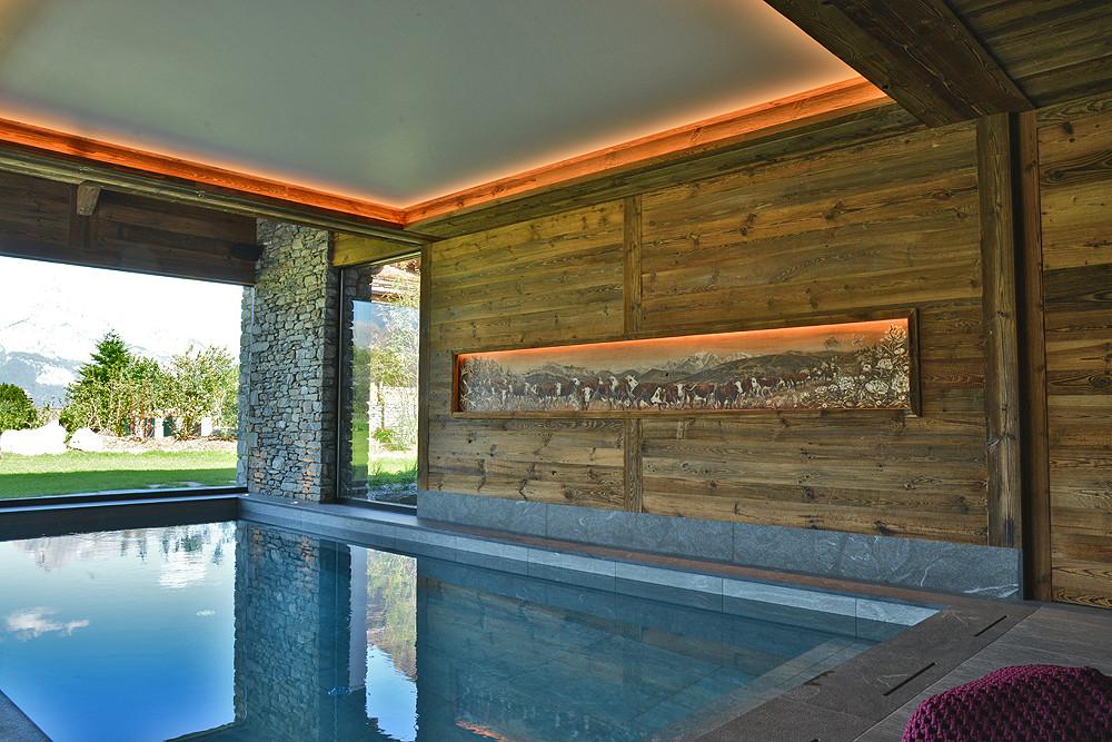Poya sur bois intégrée dans le mur avec éclairage Led