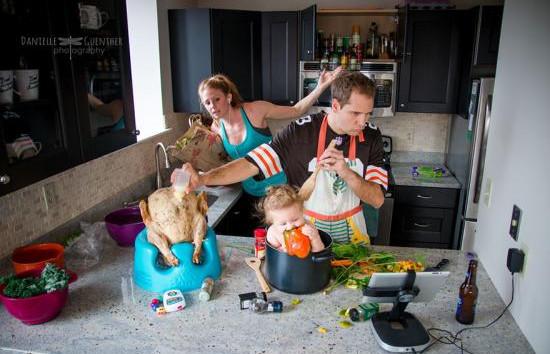Káosz a köbön - messze nem idilli családi fotók