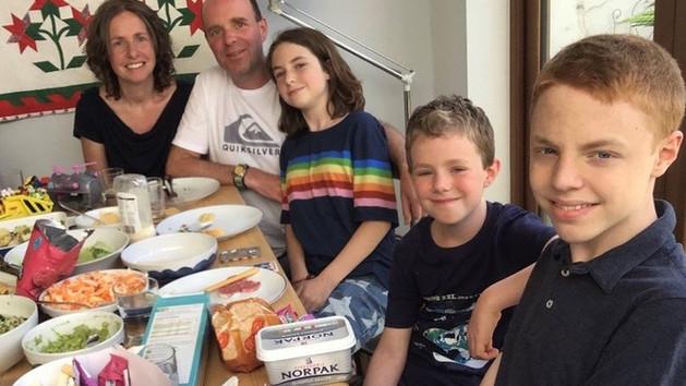 Csak az egyik vesémet adhatom, de két beteg gyerekem van – egy ritka betegségről