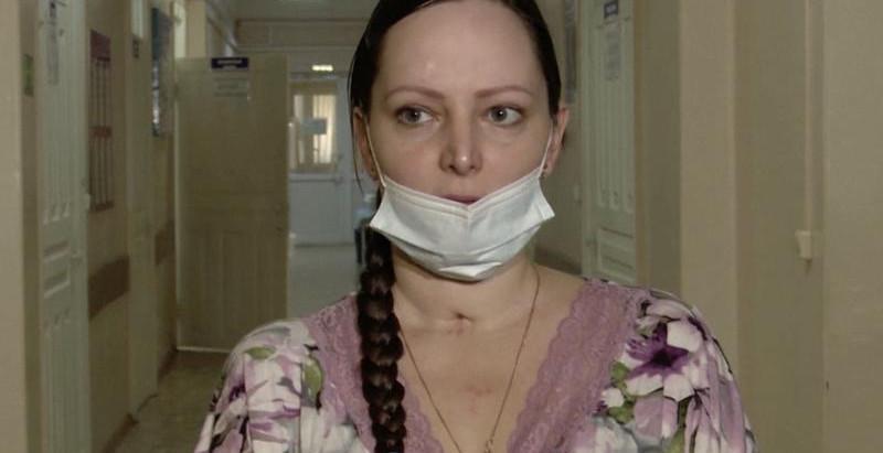 """Császármetszés után 51 napig lélegeztetőgépen – egy kis """"nátha"""" miatt"""