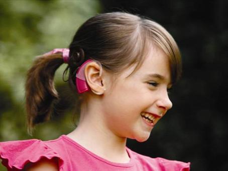 Ajándékba kapott hallás – a cochlearis implantátumról