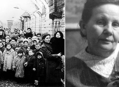 A nő, aki 3000 babát segített a világra a halál közepén