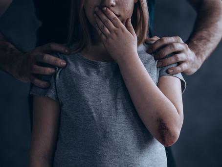 Tiltott érintések – te beszélsz róla a gyerekeddel?