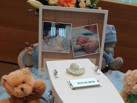 Halott babája fotóival kampányol egy anya – a preeklampsziáról