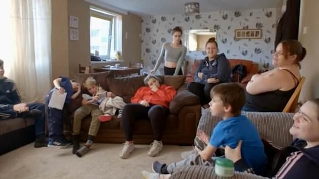 A 10 gyerekes egyedülálló anya, aki még életében nem használt óvszert