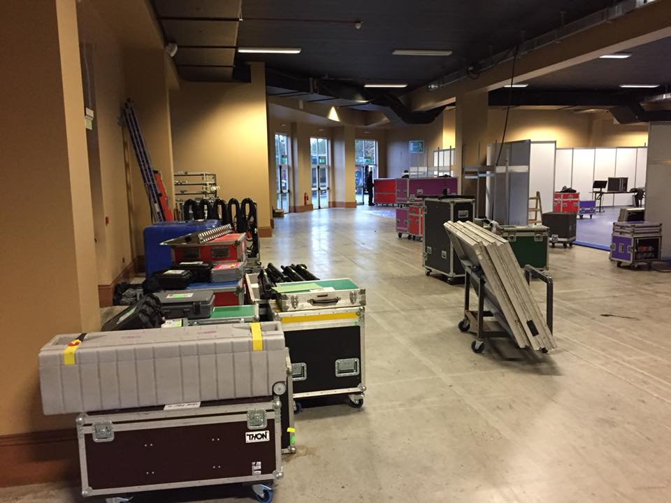 ISCoS Exhibition - Unloading Equiptmentibition - Unloading and Rigging for a Large Conference