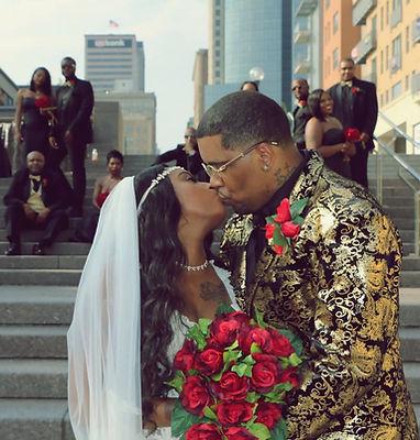 A beautiful wedding photographed in Downtown Cincinnati, Ohio