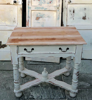 console table hire, cake table
