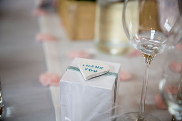 wedding favour, thank you gift and pink table runner