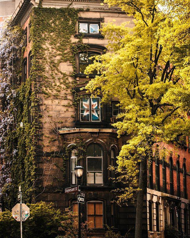 Stuyvesant Town, East Village, Manhattan, New York, May 2020