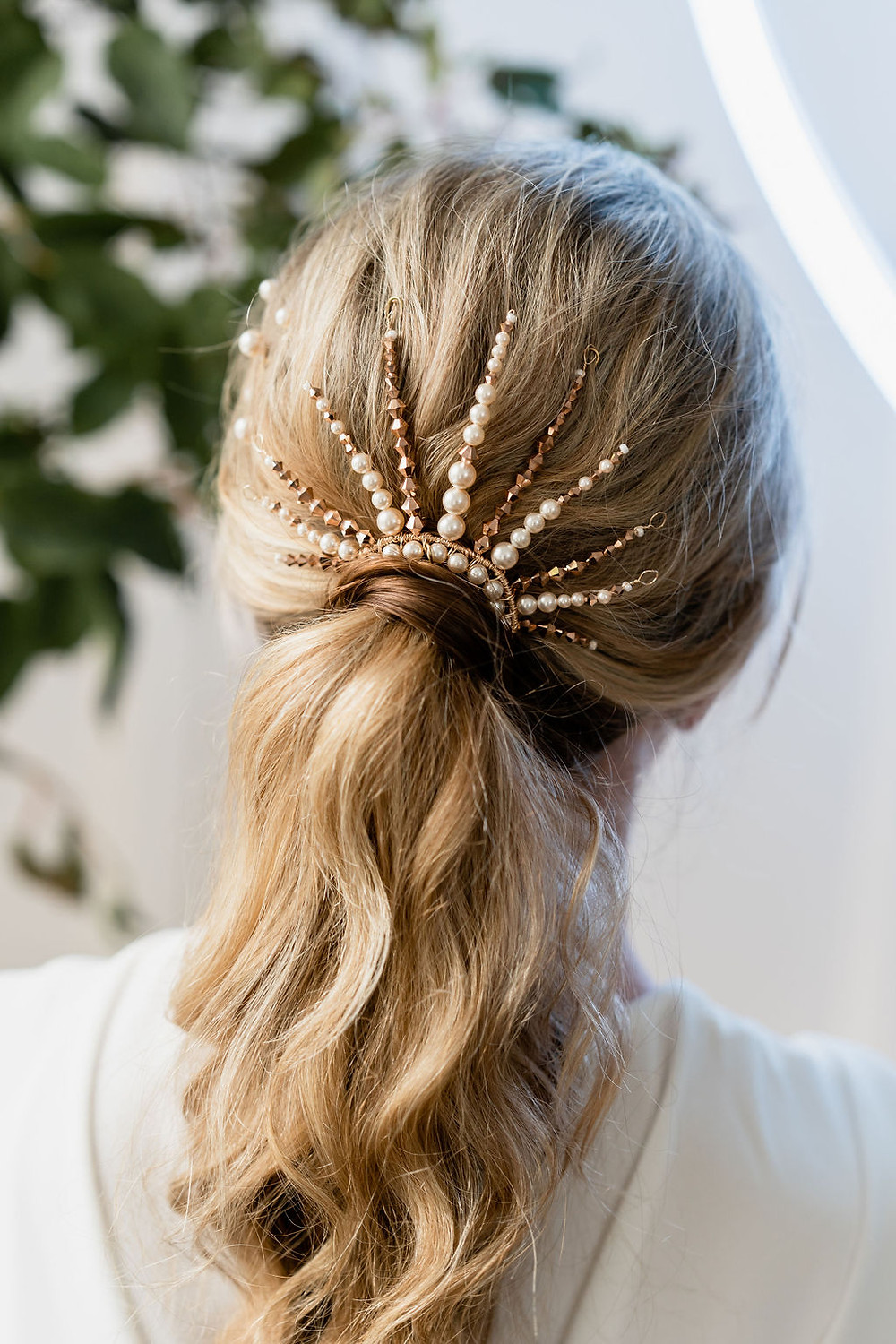 Ivory pearl and metallic gold specialist bridal ponytail accessory