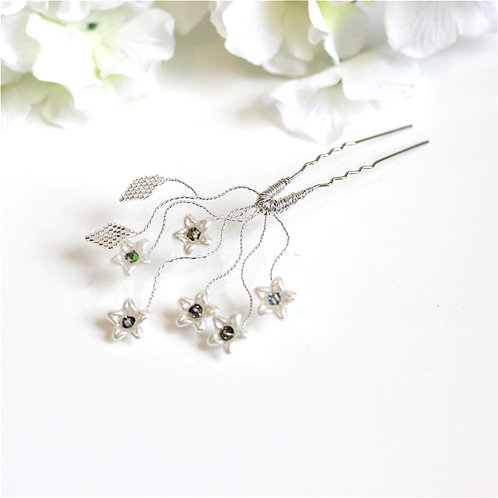 Pretty Ivory and Silver Flower Hair Pins