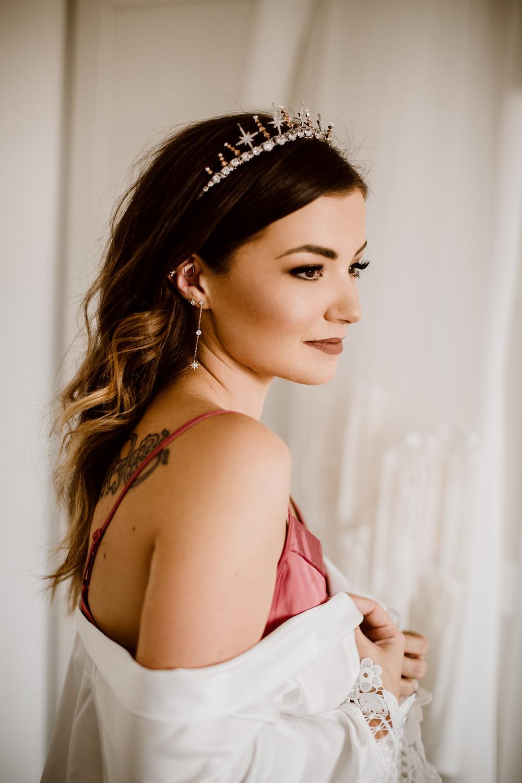 Bridal crown. Wedding crown. Contemporary bridal crown. Celestial wedding crown.