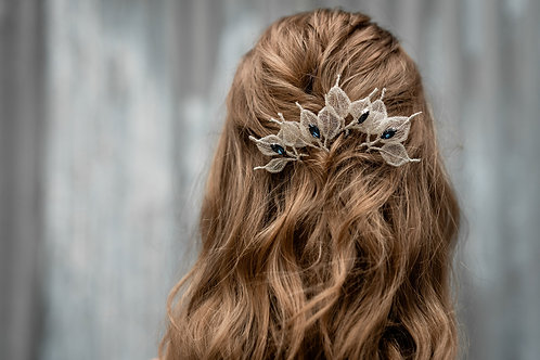 Iliana || Silver leaves and sapphire hair pin