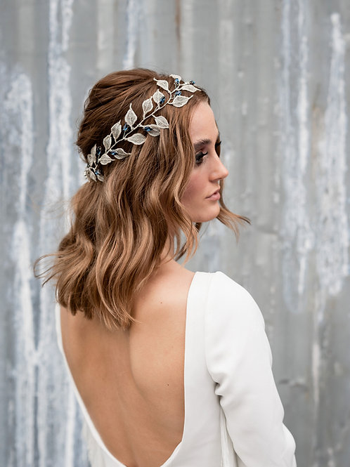 Iliana || Silver Leaves and Sapphire Crystal Hair Vine