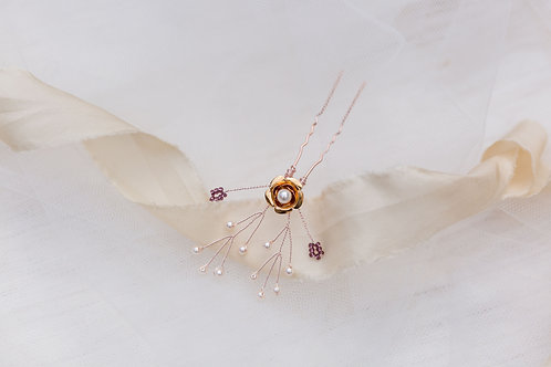 Orla || 'Golden Princess' Hair Pin x 1