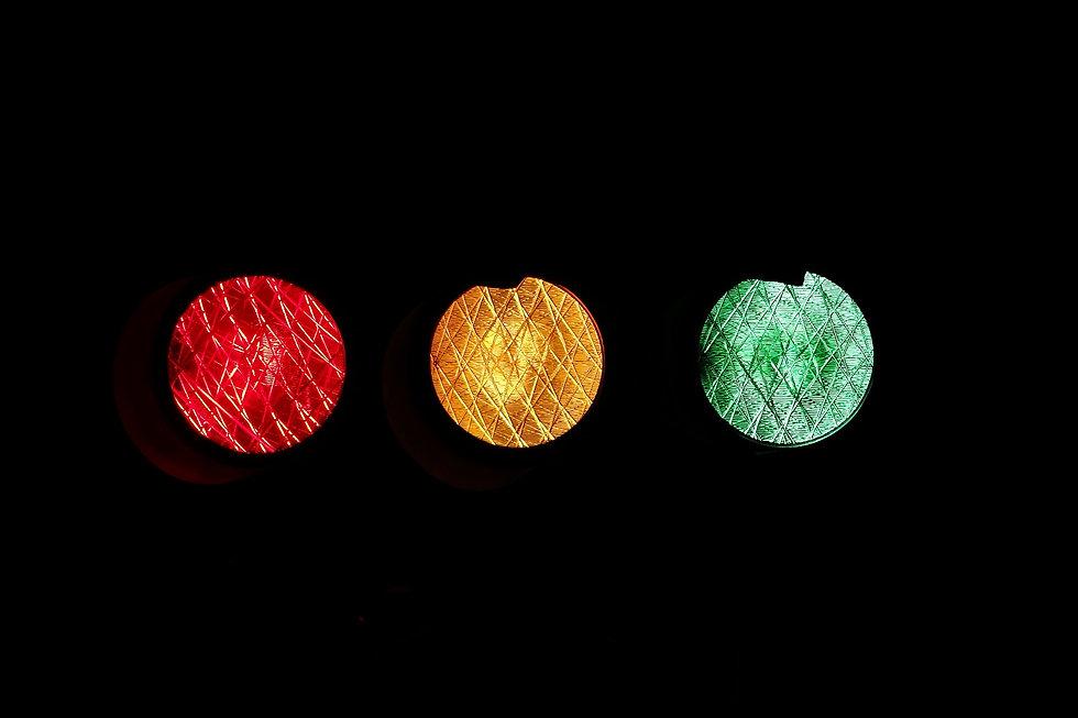 light-road-red-yellow-46287 v2.jpg