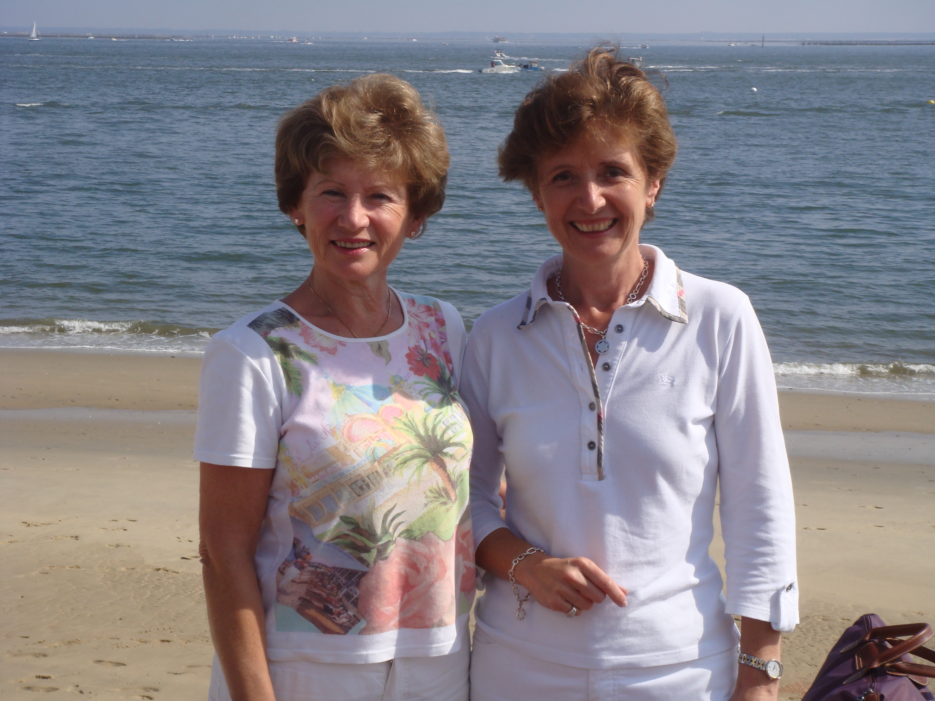 Monique et Chantal Amart