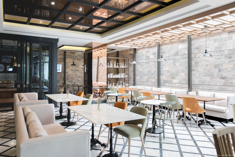 Bar-Storia-del-Caffe-The-Salil-Hotel-Suk