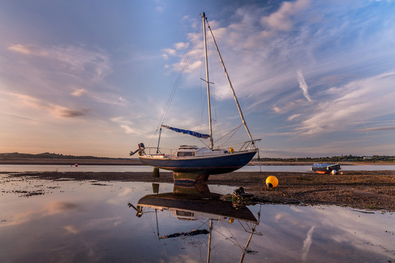 AR32704 Boat at low tide on Exmouth Beach