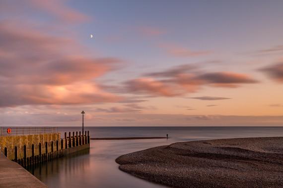 AR32690 Autumn sunset over Axmouth Harbour