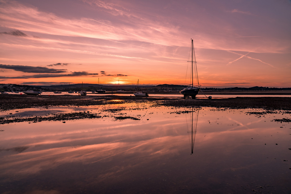 AR32754 Reflections of sunset on the Exe